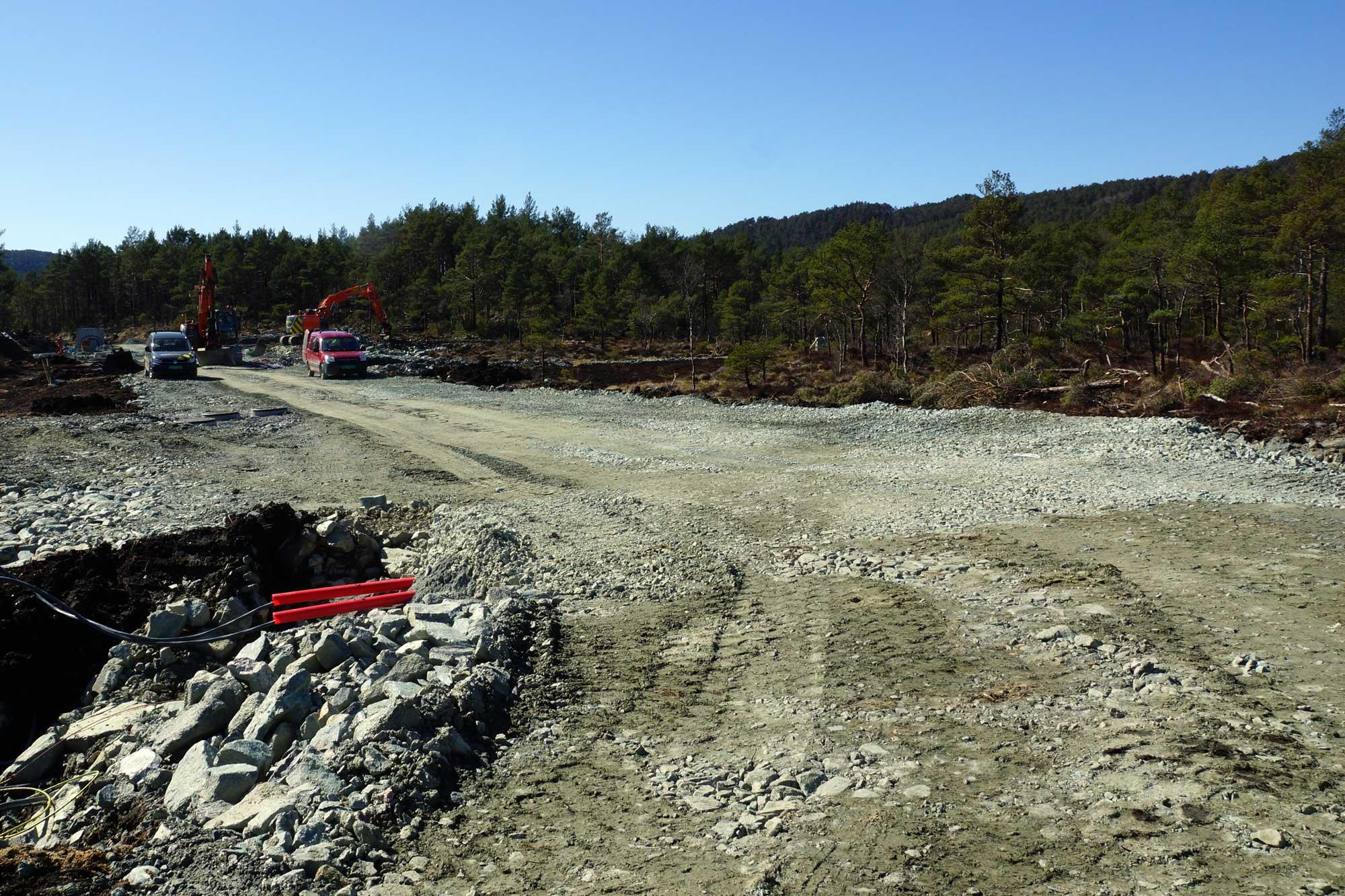Alle hovedtraseer inn i tomtefeltet er nå ferdig grovplanert